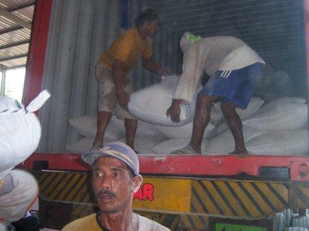 stuffing cargo II